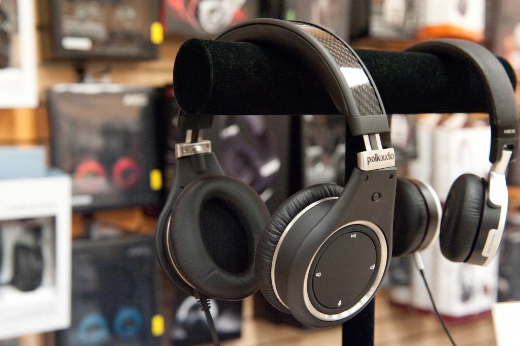 Polk Audio UltraFocus 8000 stand